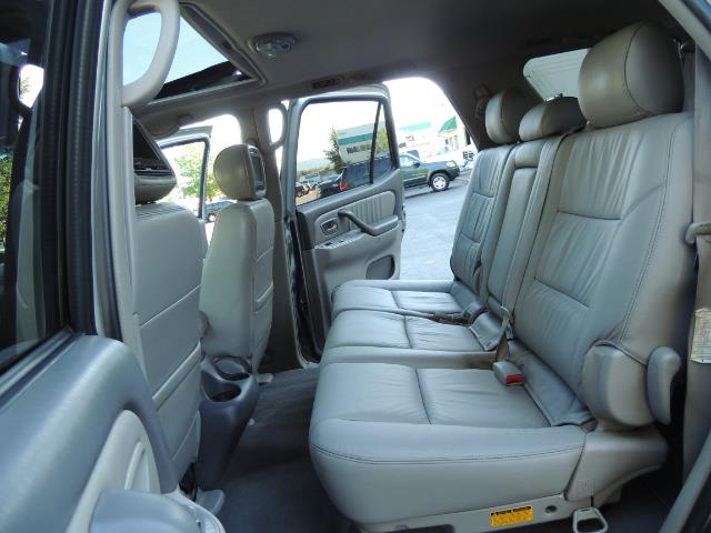 2005 Toyota Sequoia Limited 4WD /8 Seats/DVDs/Fresh Timing Belt LIFTED - Photo 13 - Portland, OR 97217