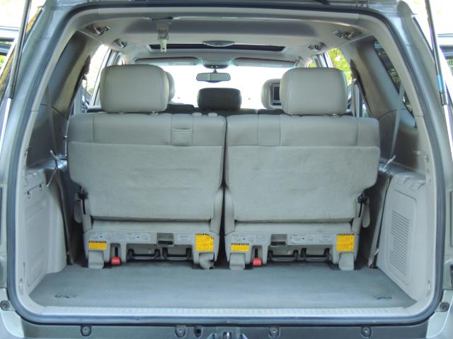 2005 Toyota Sequoia Limited 4WD /8 Seats/DVDs/Fresh Timing Belt LIFTED - Photo 15 - Portland, OR 97217