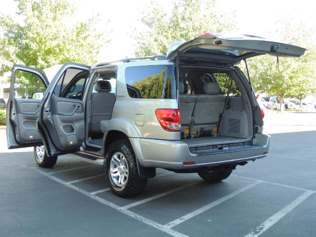 2005 Toyota Sequoia Limited 4WD /8 Seats/DVDs/Fresh Timing Belt LIFTED - Photo 25 - Portland, OR 97217
