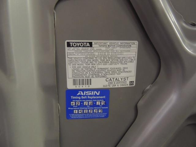 2005 Toyota Sequoia Limited 4WD /8 Seats/DVDs/Fresh Timing Belt LIFTED - Photo 23 - Portland, OR 97217