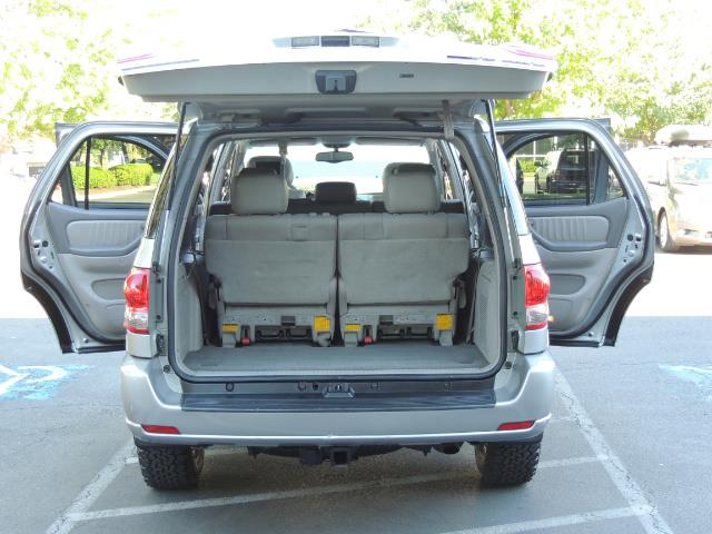 2005 Toyota Sequoia Limited 4WD /8 Seats/DVDs/Fresh Timing Belt LIFTED - Photo 26 - Portland, OR 97217