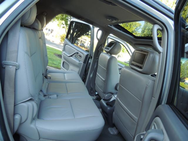 2005 Toyota Sequoia Limited 4WD /8 Seats/DVDs/Fresh Timing Belt LIFTED - Photo 17 - Portland, OR 97217