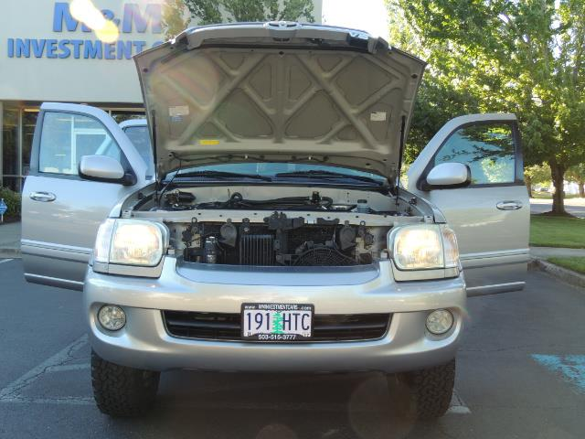 2005 Toyota Sequoia Limited 4WD /8 Seats/DVDs/Fresh Timing Belt LIFTED - Photo 30 - Portland, OR 97217