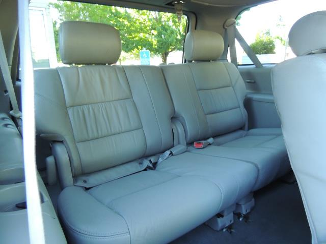 2005 Toyota Sequoia Limited 4WD /8 Seats/DVDs/Fresh Timing Belt LIFTED - Photo 16 - Portland, OR 97217