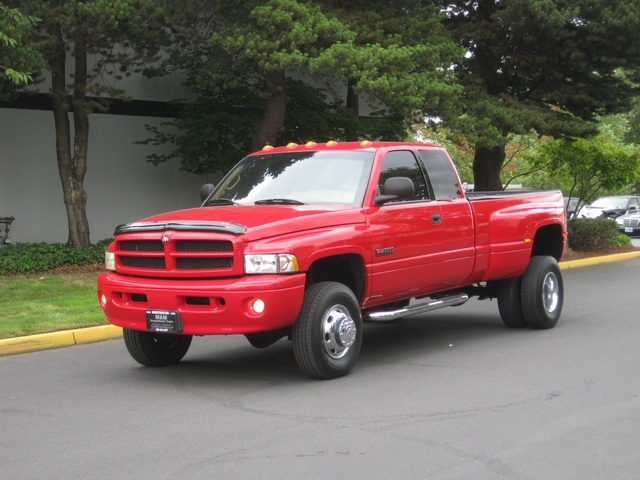 2001 Dodge Ram 3500 SLT Plus/5.9L Turbo Diesel/4X4/DUALLY - Photo 44 - Portland, OR 97217