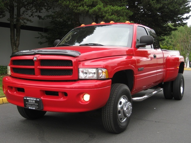 2001 Dodge Ram 3500 SLT Plus/5.9L Turbo Diesel/4X4/DUALLY - Photo 39 - Portland, OR 97217