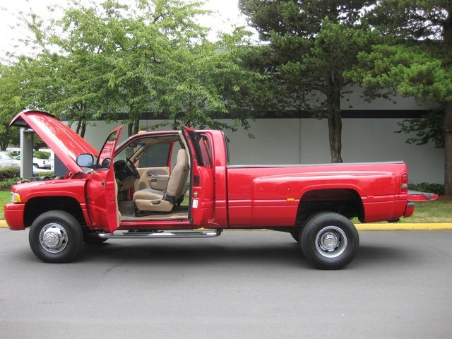 2001 Dodge Ram 3500 SLT Plus/5.9L Turbo Diesel/4X4/DUALLY - Photo 10 - Portland, OR 97217
