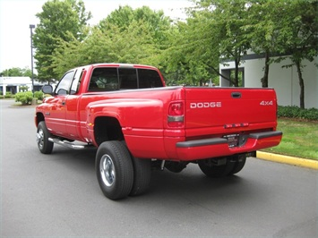 2001 Dodge Ram 3500 SLT Plus/5.9L Turbo Diesel/4X4/DUALLY - Photo 3 - Portland, OR 97217