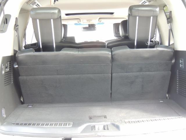 2011 Infiniti QX56 NAVi / DVDs / 8-passenger / LOADED / PRISTINE ! - Photo 29 - Portland, OR 97217