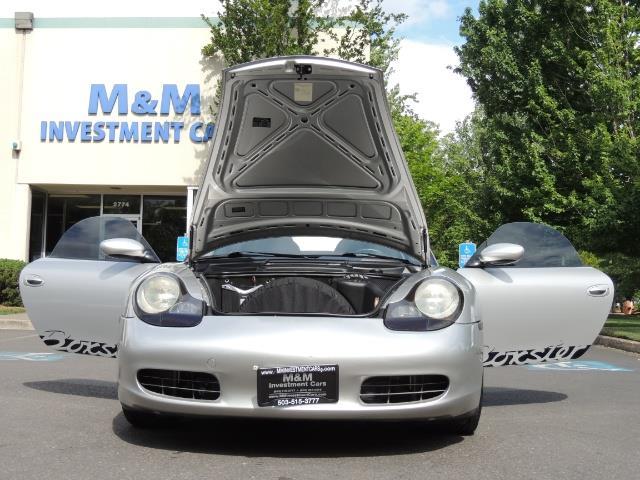 2001 Porsche Boxster Convertible / 5-SPEED MANUAL / RECARO SEATS - Photo 32 - Portland, OR 97217