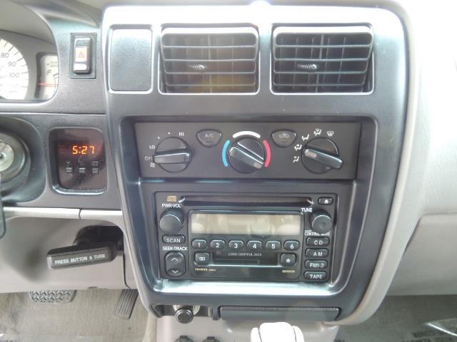 2003 Toyota Tacoma SR5 V6 / 4X4 /TRD OFF RD  REAR DIFF LOCKS / LIFTED - Photo 21 - Portland, OR 97217