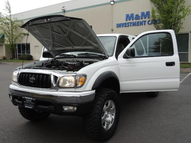 2003 Toyota Tacoma SR5 V6 / 4X4 /TRD OFF RD  REAR DIFF LOCKS / LIFTED - Photo 25 - Portland, OR 97217