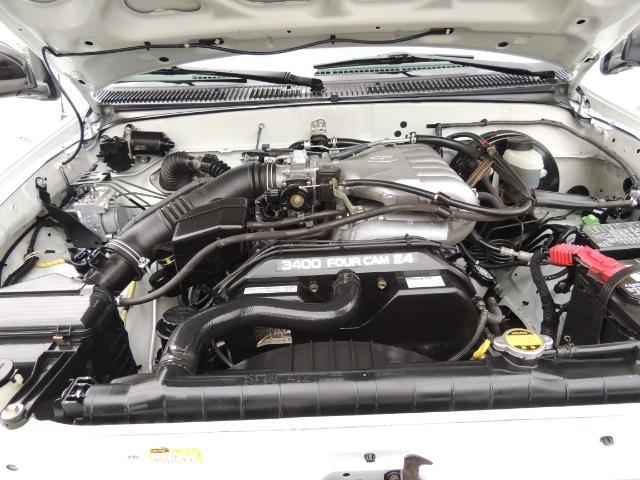 2003 Toyota Tacoma SR5 V6 / 4X4 /TRD OFF RD  REAR DIFF LOCKS / LIFTED - Photo 32 - Portland, OR 97217