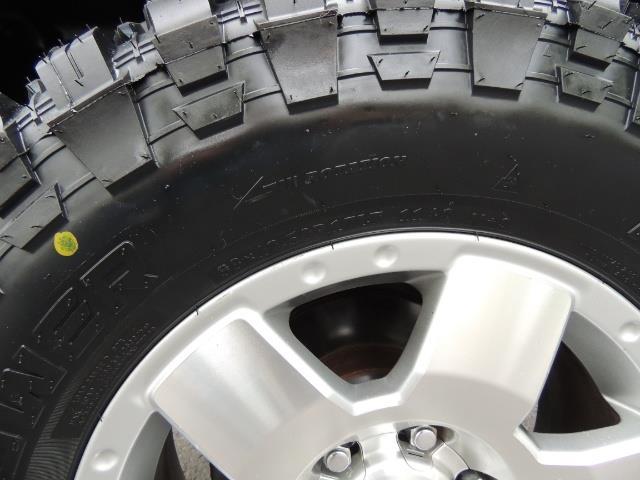 2003 Toyota Tacoma SR5 V6 / 4X4 /TRD OFF RD  REAR DIFF LOCKS / LIFTED - Photo 42 - Portland, OR 97217