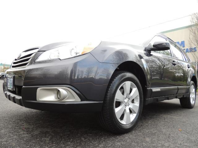 2012 Subaru Outback 2.5i Premium Wagon / ALL WHEEL DRIVE  / LOW MILES - Photo 9 - Portland, OR 97217