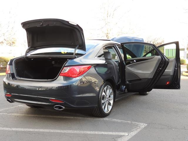 2013 Hyundai Sonata 2.0T Limited w/Navi / Leather / Loaded / 1-OWNER - Photo 30 - Portland, OR 97217
