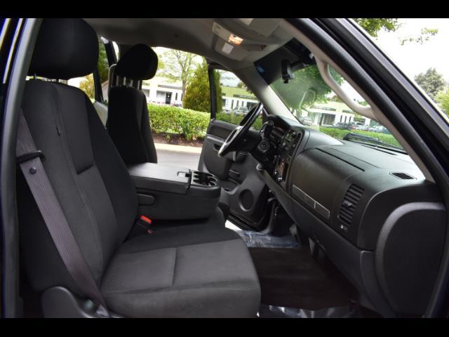 2011 Chevrolet Silverado 1500 LT / Crew Cab / 5.3L 8Cyl / 4X4 / Excel Cond - Photo 17 - Portland, OR 97217