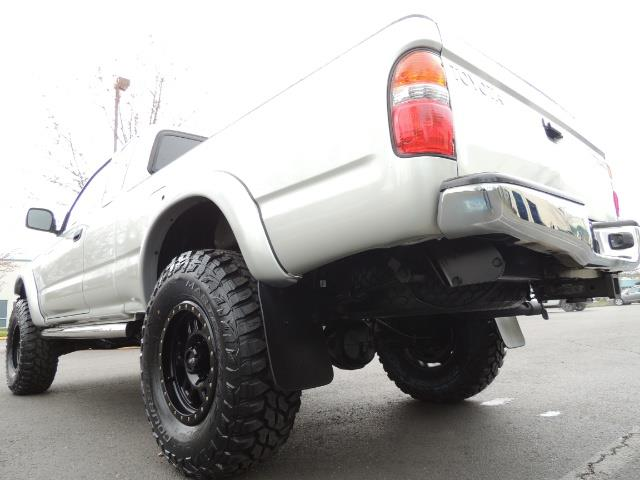 2003 Toyota Tacoma V6 2dr Xtracab / 4X4 / 3.4L / 5-SPEED / LIFTED - Photo 11 - Portland, OR 97217