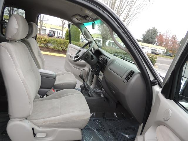 2003 Toyota Tacoma V6 2dr Xtracab / 4X4 / 3.4L / 5-SPEED / LIFTED - Photo 16 - Portland, OR 97217