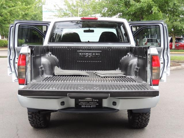 2001 Nissan Frontier XE 4-dr / OFF ROAD 4X4 / Crew Cab / V6 / Automatic - Photo 33 - Portland, OR 97217