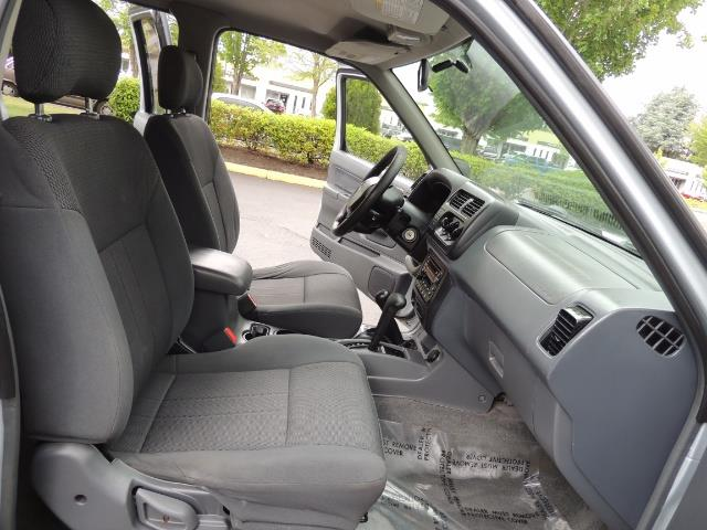 2001 Nissan Frontier XE 4-dr / OFF ROAD 4X4 / Crew Cab / V6 / Automatic - Photo 18 - Portland, OR 97217