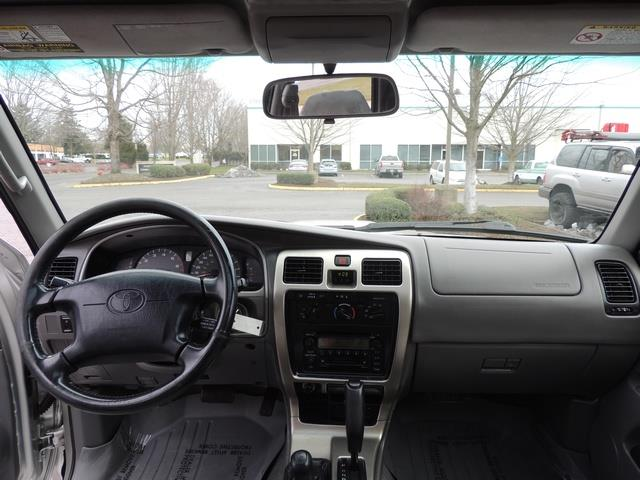 2001 Toyota 4Runner SPORT SR5 / 4X4 / Sunroof / LIFTED LIFTED - Photo 34 - Portland, OR 97217