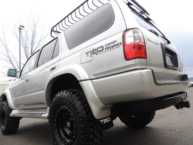 2001 Toyota 4Runner SPORT SR5 / 4X4 / Sunroof / LIFTED LIFTED - Photo 11 - Portland, OR 97217