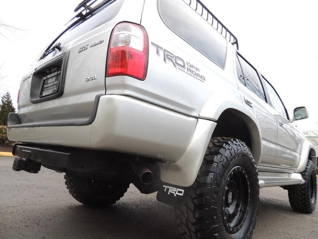 2001 Toyota 4Runner SPORT SR5 / 4X4 / Sunroof / LIFTED LIFTED - Photo 12 - Portland, OR 97217