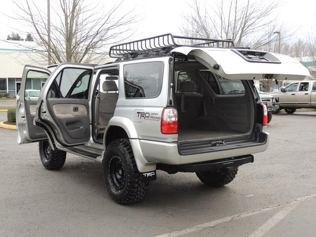 2001 Toyota 4Runner SPORT SR5 / 4X4 / Sunroof / LIFTED LIFTED - Photo 27 - Portland, OR 97217