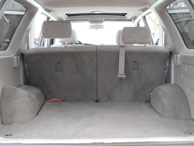 2001 Toyota 4Runner SPORT SR5 / 4X4 / Sunroof / LIFTED LIFTED - Photo 18 - Portland, OR 97217
