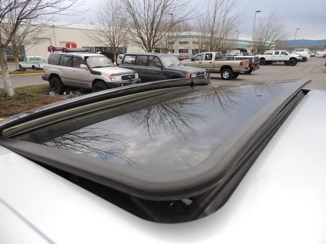 2001 Toyota 4Runner SPORT SR5 / 4X4 / Sunroof / LIFTED LIFTED - Photo 39 - Portland, OR 97217