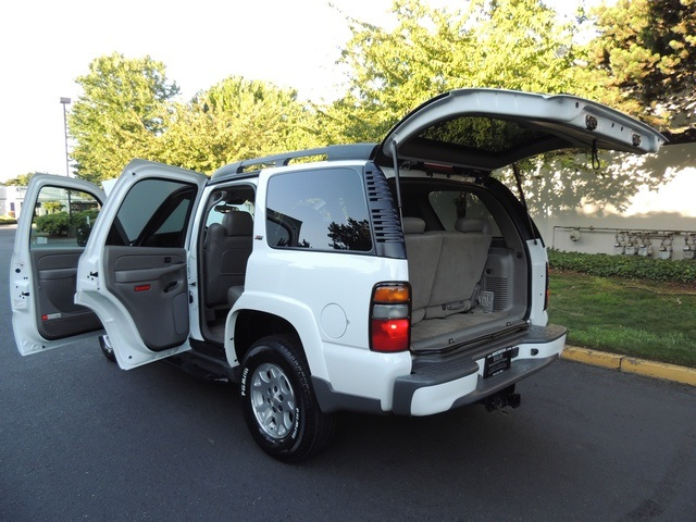 2005 chevrolet tahoe z71 4x4 3rd seat leather moonroof. Black Bedroom Furniture Sets. Home Design Ideas