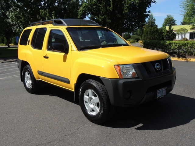 2005 nissan xterra off road s pkg 6 spd manual 4x4 suv. Black Bedroom Furniture Sets. Home Design Ideas