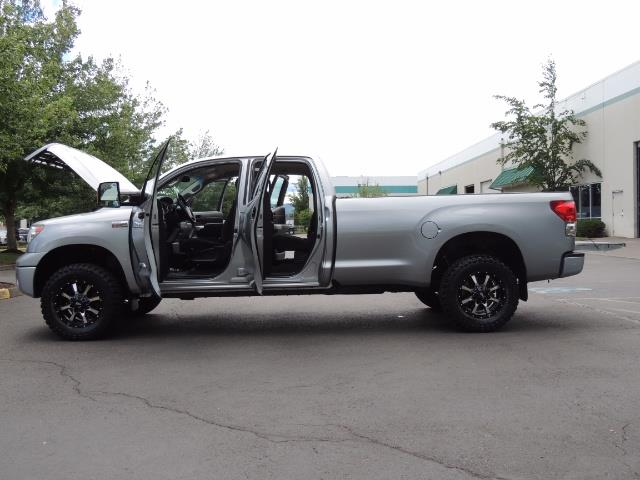 2007 Toyota Tundra 4X4 5.7L Double Cab  / Long Bed / 1-Owner / LIFTED - Photo 21 - Portland, OR 97217