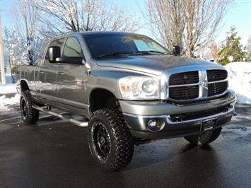 2007 Dodge Ram 2500 MEGA CAB 4X4 5.9 L Cummins Turbo Diesel / LIFTED ! Truck
