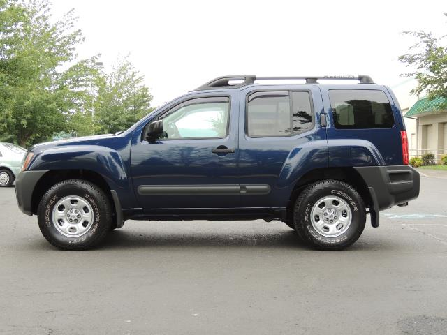 2010 Nissan Xterra X  Sport Utility / 4WD / 6-SPEED MANUAL / 1-OWNER - Photo 3 - Portland, OR 97217