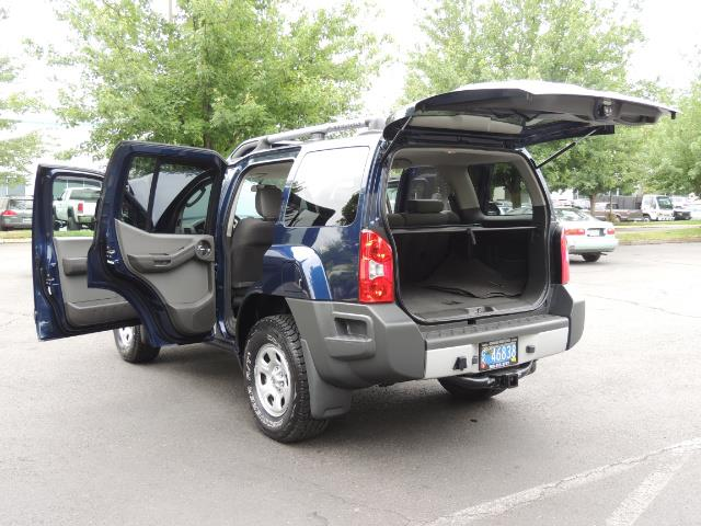 2010 Nissan Xterra X  Sport Utility / 4WD / 6-SPEED MANUAL / 1-OWNER - Photo 27 - Portland, OR 97217