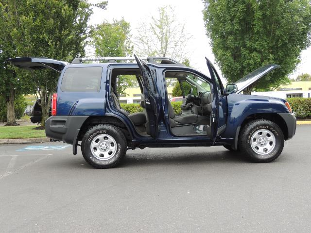 2010 Nissan Xterra X  Sport Utility / 4WD / 6-SPEED MANUAL / 1-OWNER - Photo 30 - Portland, OR 97217