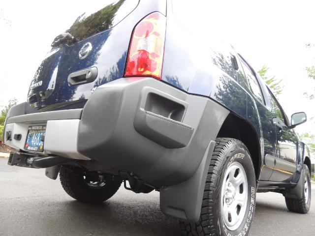 2010 Nissan Xterra X  Sport Utility / 4WD / 6-SPEED MANUAL / 1-OWNER - Photo 11 - Portland, OR 97217