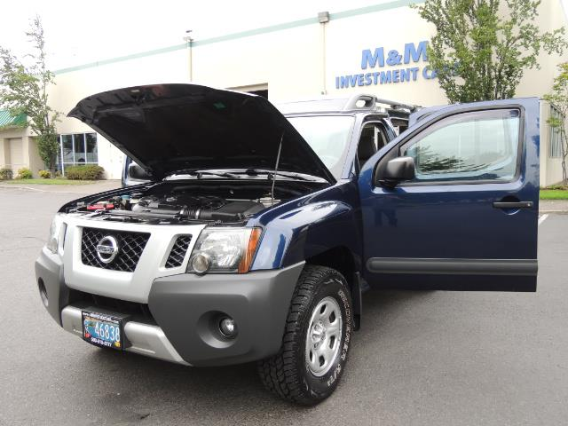 2010 Nissan Xterra X  Sport Utility / 4WD / 6-SPEED MANUAL / 1-OWNER - Photo 25 - Portland, OR 97217