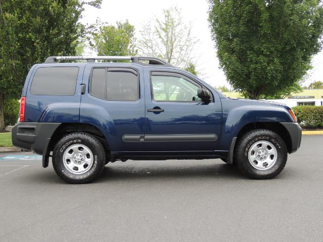 2010 Nissan Xterra X  Sport Utility / 4WD / 6-SPEED MANUAL / 1-OWNER - Photo 4 - Portland, OR 97217