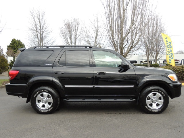 2006 toyota sequoia limited 4wd 3rd seat dvd navigation 83kmi. Black Bedroom Furniture Sets. Home Design Ideas