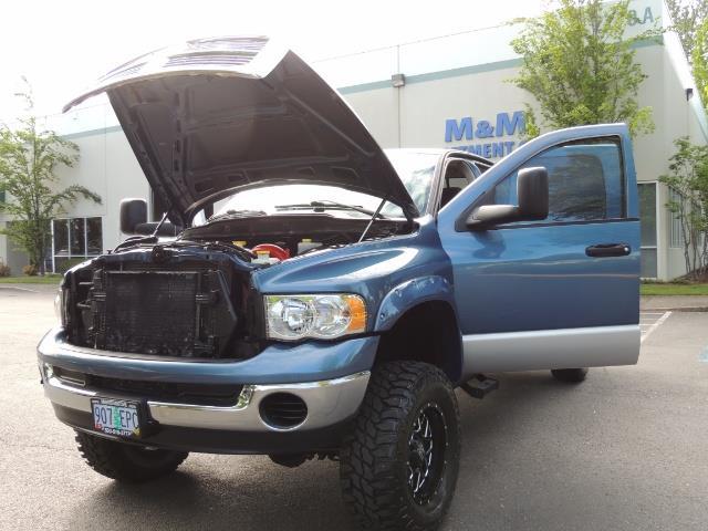 2003 Dodge Ram 2500 SLT / 4X4 / 5.9L Diesel HIGHOUTPUT/ 6-SPEED MANUAL - Photo 25 - Portland, OR 97217