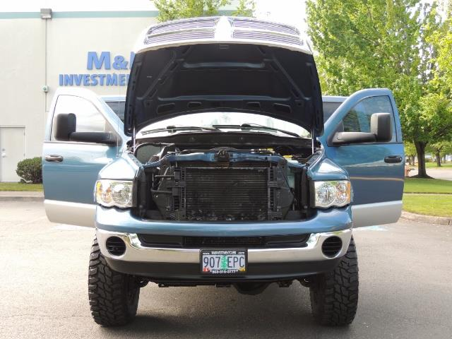 2003 Dodge Ram 2500 SLT / 4X4 / 5.9L Diesel HIGHOUTPUT/ 6-SPEED MANUAL - Photo 30 - Portland, OR 97217