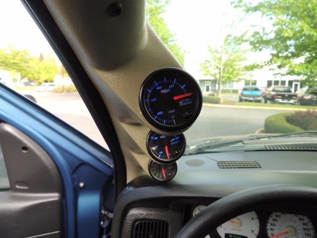 2003 Dodge Ram 2500 SLT / 4X4 / 5.9L Diesel HIGHOUTPUT/ 6-SPEED MANUAL - Photo 37 - Portland, OR 97217
