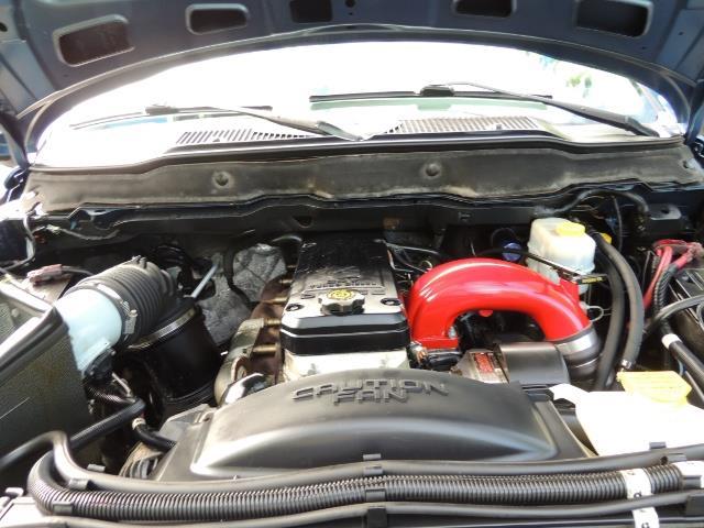 2003 Dodge Ram 2500 SLT / 4X4 / 5.9L Diesel HIGHOUTPUT/ 6-SPEED MANUAL - Photo 31 - Portland, OR 97217