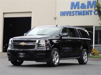 2015 Chevrolet Suburban LT 1500 / 4WD / Navigation / Blind Spot Alert SUV