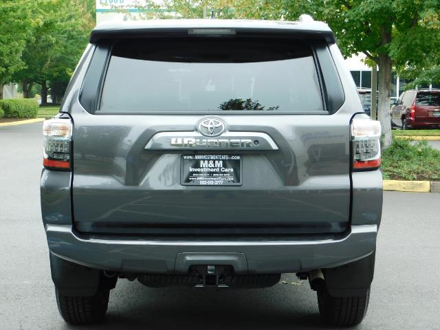 2016 Toyota 4Runner SR5 / 4X4 / Navigation / Back up camera / Execl Co - Photo 6 - Portland, OR 97217