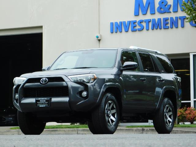 2016 Toyota 4Runner SR5 / 4X4 / Navigation / Back up camera / Execl Co - Photo 44 - Portland, OR 97217