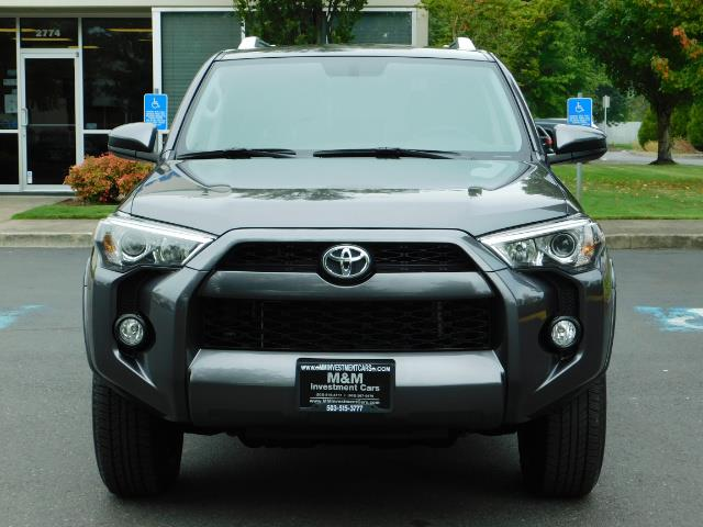 2016 Toyota 4Runner SR5 / 4X4 / Navigation / Back up camera / Execl Co - Photo 5 - Portland, OR 97217